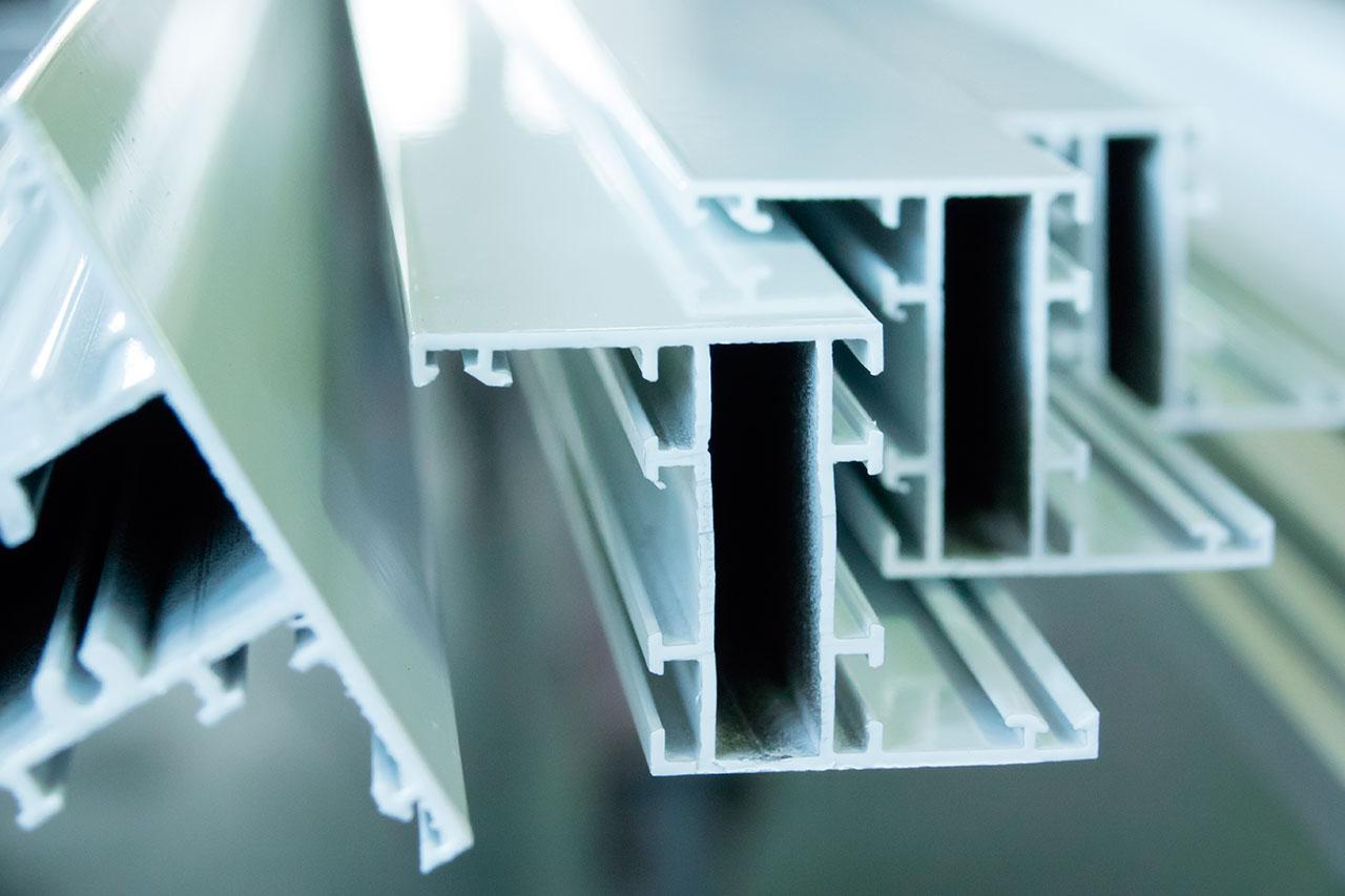 Perfiles de aluminio para ventana